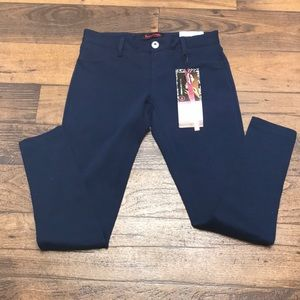 NWT Stretchy skinny pants